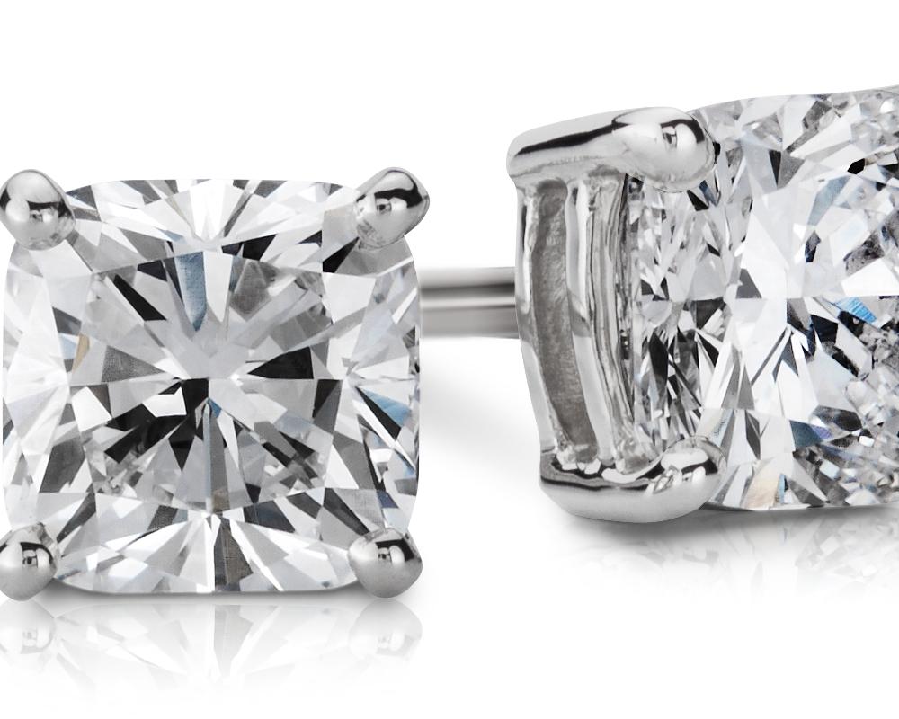 14k 白金墊形切割鑽石釘款耳環