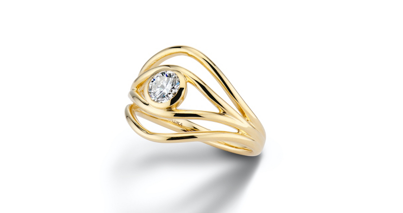 ALMASIKA 'Serene' Bezel-Set Diamond Engagement Ring 18k Yellow Gold