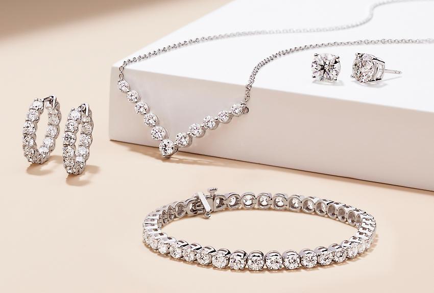 An assortment of fine and diamond jewellery.