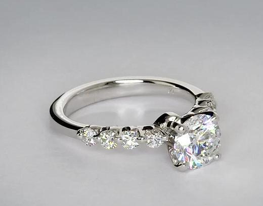0,9 carat Bague de fiançailles diamant flottant