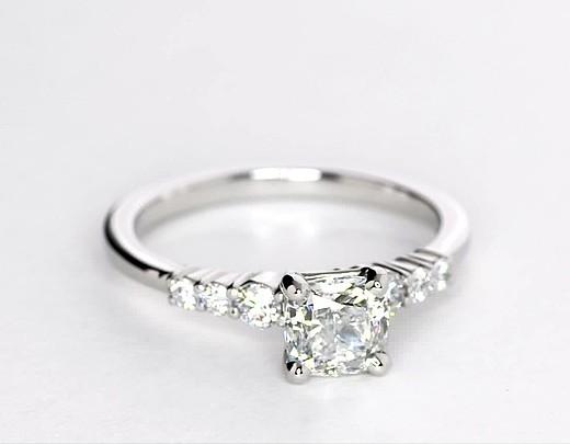 Bague de fiançailles diamant petite taille en platine (1/4carat, poids total)