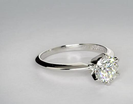 1 Carat Classic Six Claw Solitaire Engagement Ring