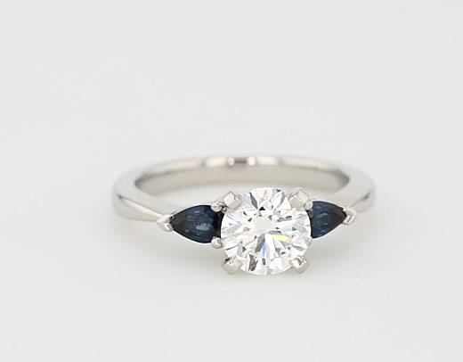 近期顧客購買此款戒指的檢視圖