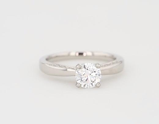 0,81 Carat Monique Lhuillier Milgrain Solitaire Diamond Engagement Ring