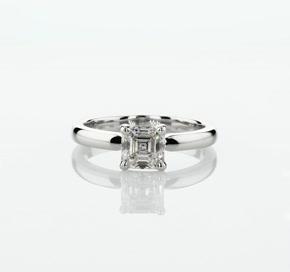14k 白金經典內圈卜身設計訂婚戒指(2.5毫米)