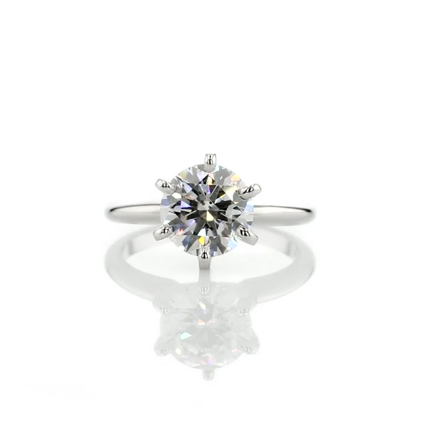 2,01 Carat Classic Six Claw Solitaire Engagement Ring