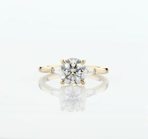 Tapered Baguette Diamond Engagement Ring in 18k Yellow Gold (1/6 ct. tw.)