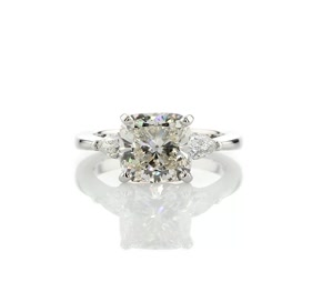 Classic Pear Shaped Diamond Engagement Ring in Platinum (0.48 ct. tw.)