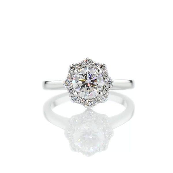 0,9 Carat ZAC Zac Posen Floral Halo Diamond Engagement Ring