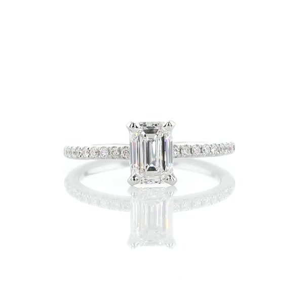 1,05 Carat Riviera Pavé Diamond Engagement Ring