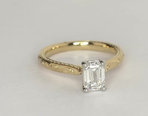 Hand-Engraved Solitaire Engagement Ring in 18K Yellow Gold