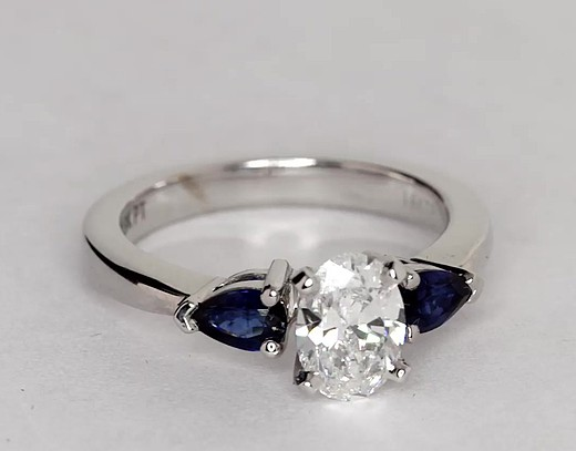Classic Pear-Shaped Sapphire Engagement Ring