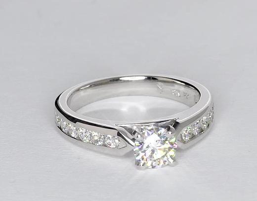 0,7 carat Bague de fiançailles diamant serti barrette