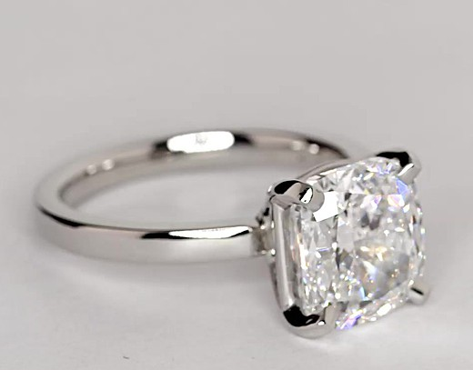 2.8 ct. Cushion-Cut E-Color, VS2-Clarity, Very Good-Cut