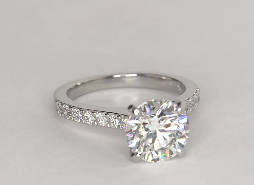 3.28 ct. Round G-Color, VS2-Clarity, Ideal-Cut