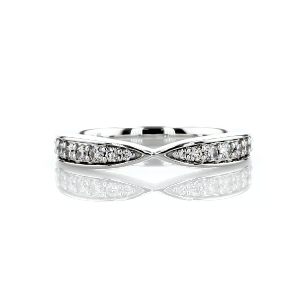 Contemporary Tapered Wedding Ring in 14k White Gold (1/3 ct. tw.)
