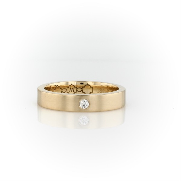 Monique Lhuillier Matte Single Diamond Wedding Band in 18k Yellow Gold (4mm)