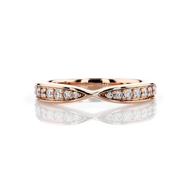 Contemporary Tapered Wedding Ring in 18k Rose Gold (1/3 ct. tw.)