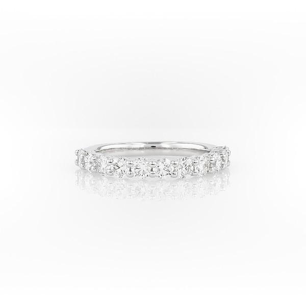 18k 白金歌咏钻石戒指<br>(1 克拉总重量)