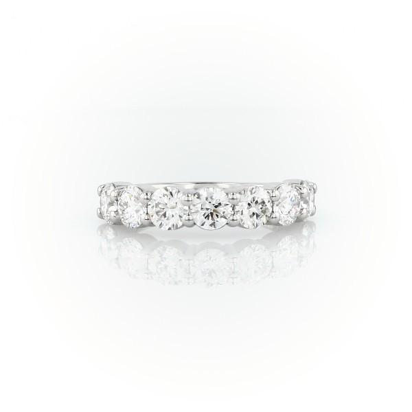 Blue Nile Signature Comfort Fit Seven Stone Diamond Ring in Platinum