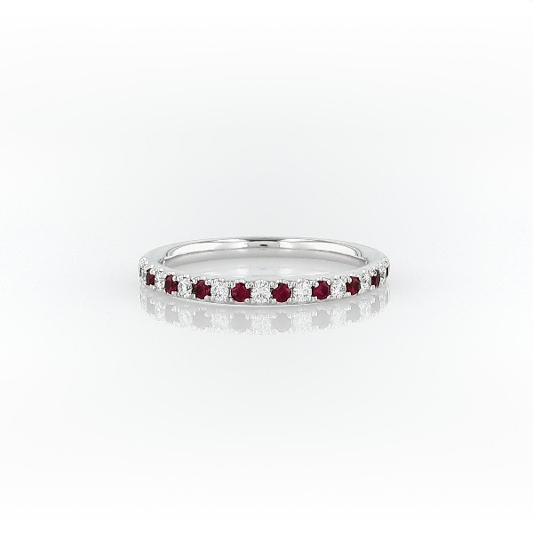 14k 白金Riviera 密釘紅寶石與鑽石戒指(1.5毫米)