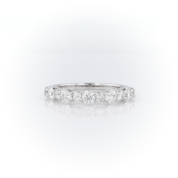 14k 白金大小交错钻石戒指<br>(3/4 克拉总重量)