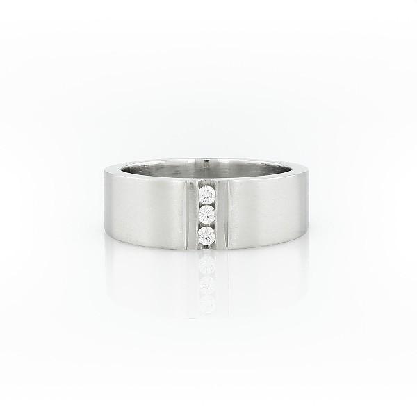 铂金时尚槽镶钻石戒指<br>(1/12 克拉总重量)