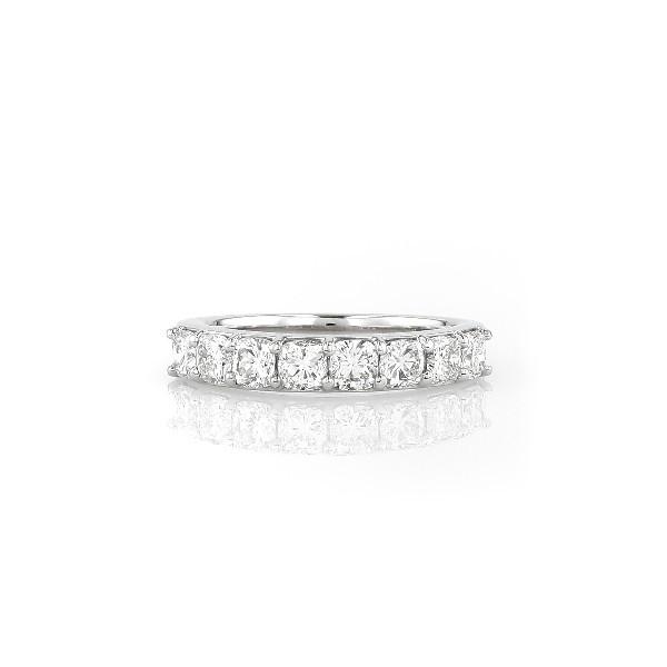 鉑金墊形切割八石鑽石戒指(1 1/5 克拉總重量)