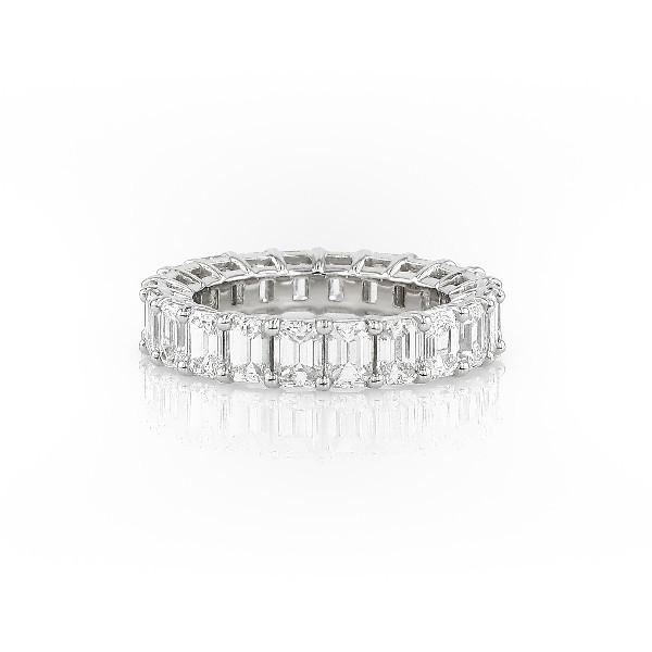 鉑金綠寶石形切割鑽石永恆戒指(5.0 克拉總重量)