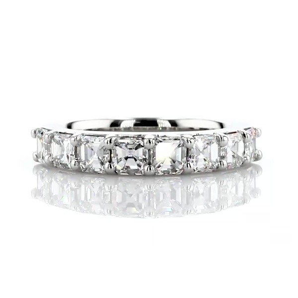 Classic Asscher Cut Eight Stone Diamond Ring in Platinum (1 1/5 ct. tw.)