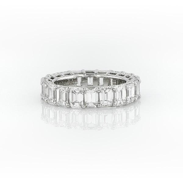 鉑金綠寶石形切割鑽石永恆戒指(6.0 克拉總重量)