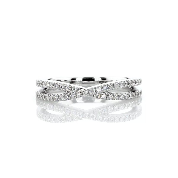14k 白金十字交叉密釘鑽石結婚戒指(1/3 克拉總重量)