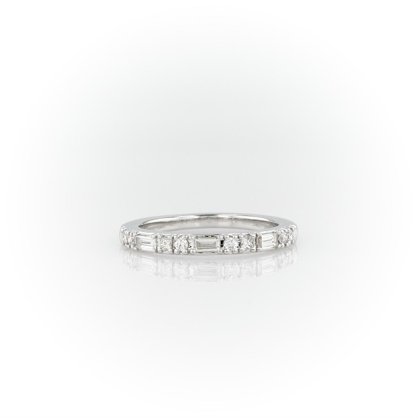 Dot Dash Diamond Ring in 14k White Gold (1/4 ct. tw.)