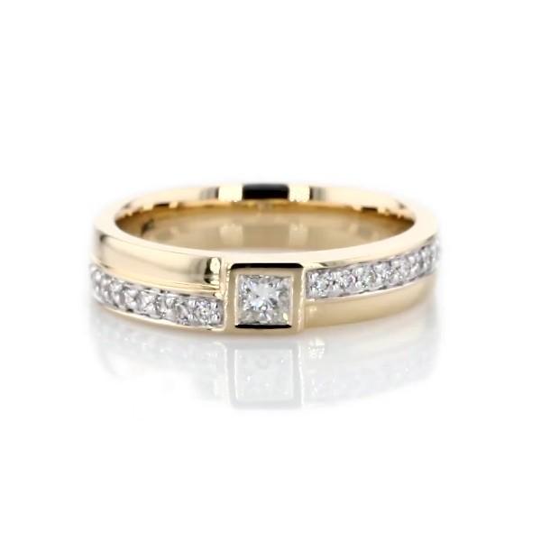 14k 黃金ZAC Zac Posen 包邊鑲公主方形鑽石戒指(1/3 克拉總重量)