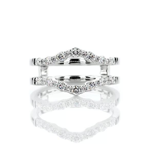 Anillo curvo Crescendo con diamantes en oro blanco de 14 k (3/8 qt. total)