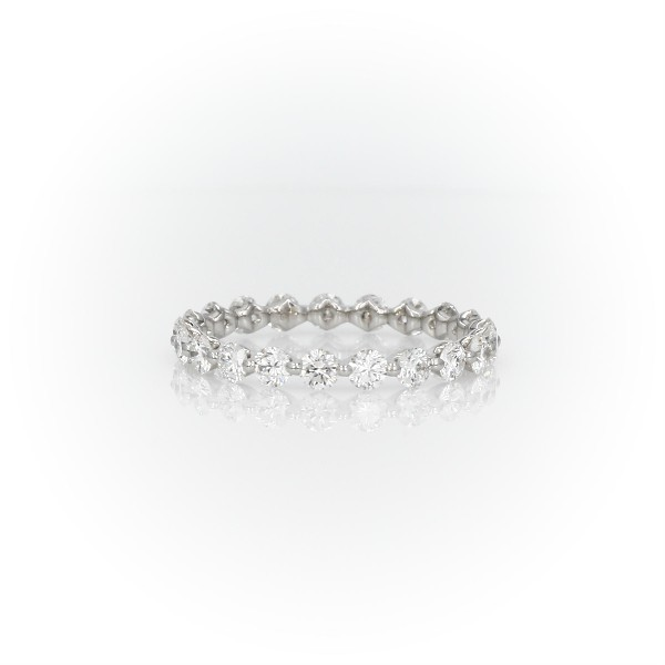 Anillo de eternidad con diamantes flotantes The Gallery Collection™ en platino (1 1/4 qt. total)