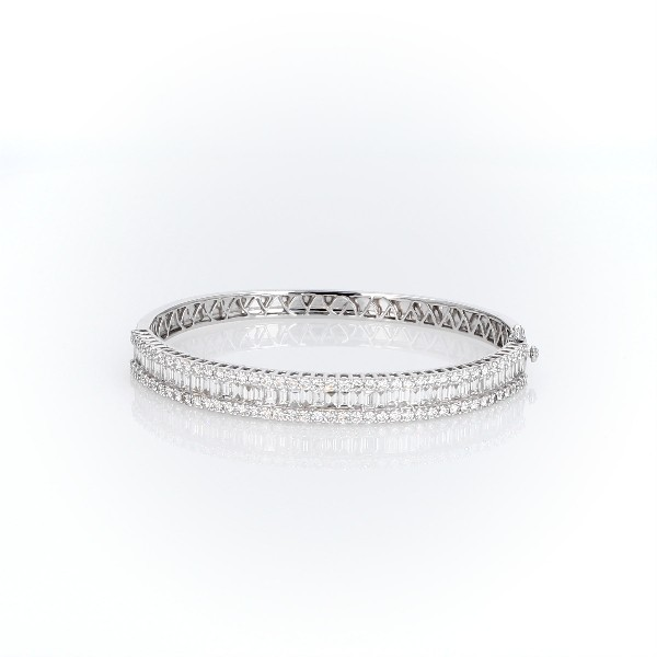 14k 白金圓形長方形鑽石手鍊(4 1/2 克拉總重量)