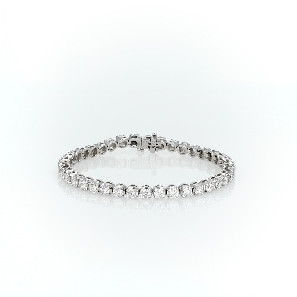 Brazalete de tenis de diamantes en oro blanco de 14 k (8 qt. total)