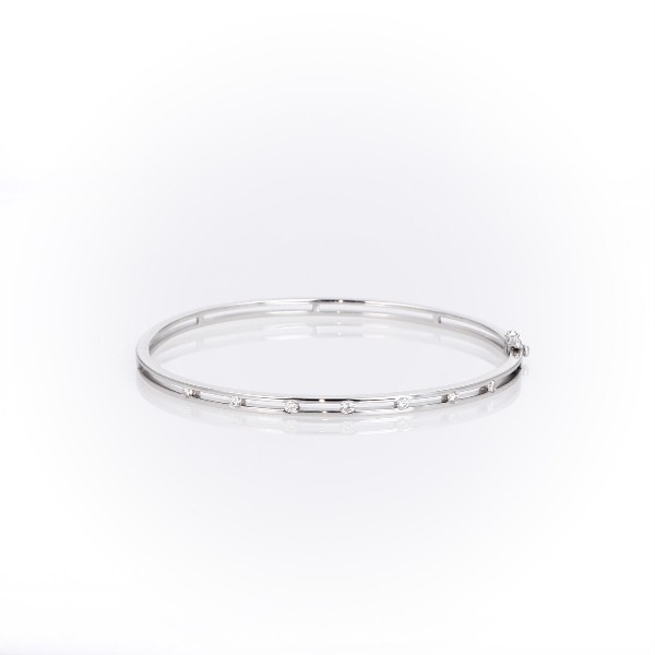 Diamond Station Bangle Bracelet in 14k White Gold (1/4 ct. tw.)