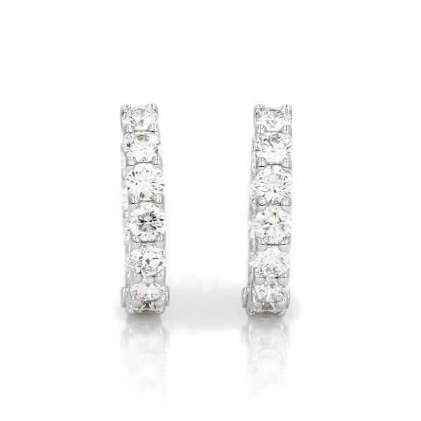 Aretes tipo argolla de eternidad con diamantes en oro blanco de 18 k