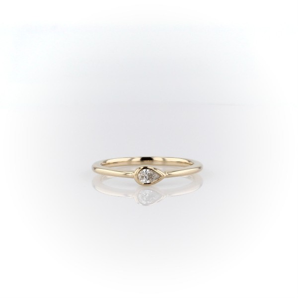 Mini Pear Shape Diamond Fashion Ring in 14k Yellow Gold (1/10 ct. tw.)