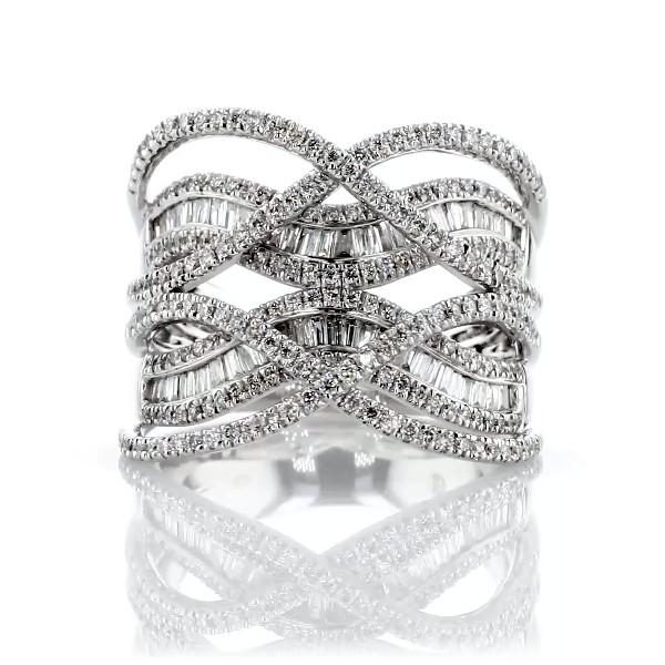 14k 白金圆形和长方形钻石交叉时尚戒指(7/8 克拉总重量)