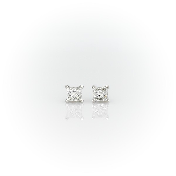 Princess Cut Diamond Earrings In Platinum 1 2 Ct Tw Top View Image Magnified On Body Front 360 Video