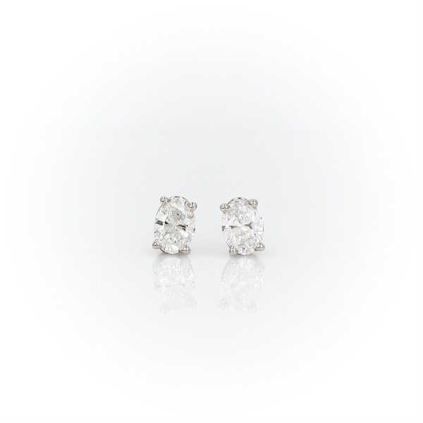 Oval Diamond Stud Earrings in 14k White Gold (3/4 ct. tw.)