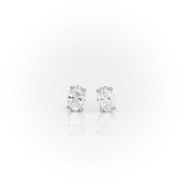 14k 白金橢圓形鑽石釘款耳環(3/4 克拉總重量)