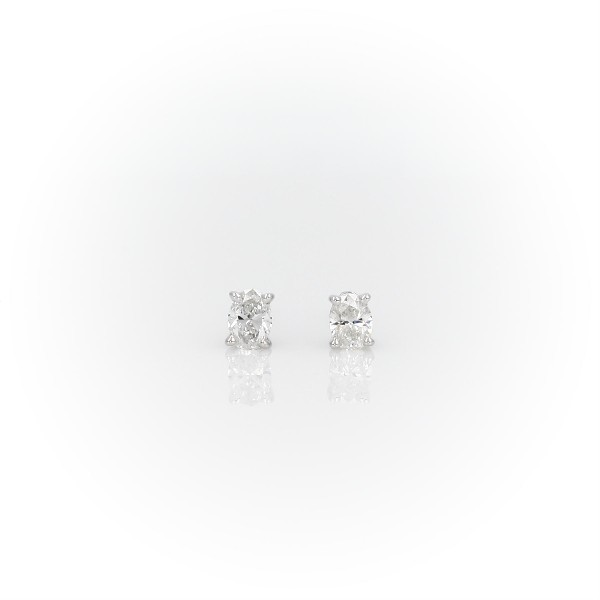 Oval Diamond Stud Earrings in 14k White Gold (1/3 ct. tw.)