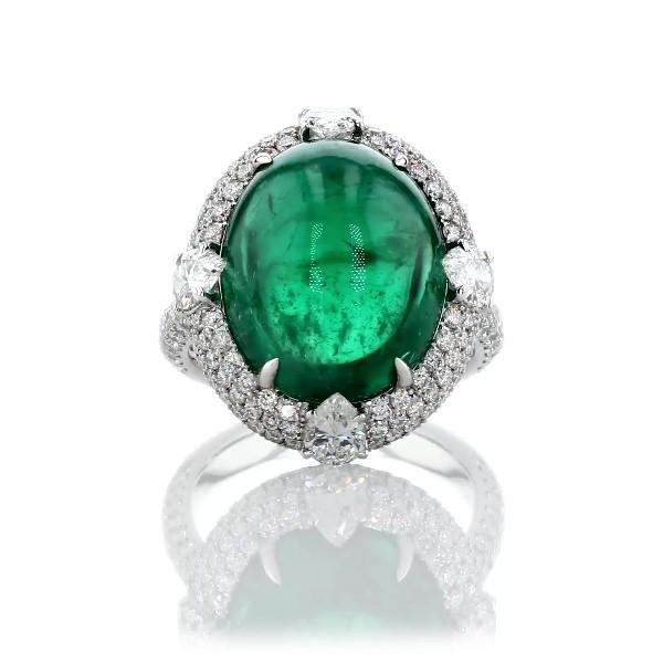 18k 白金三钻光环虎爪镶凸圆形祖母绿戒指(15.24 克拉主石)