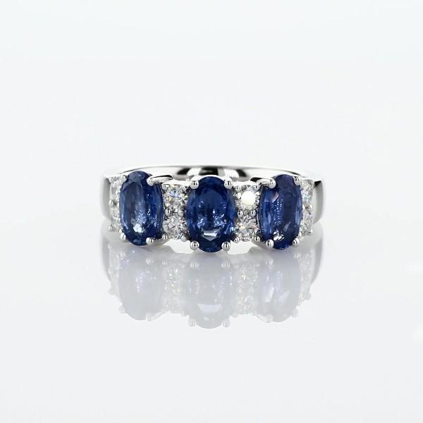 14k 白金蓝宝石与钻石三石戒指