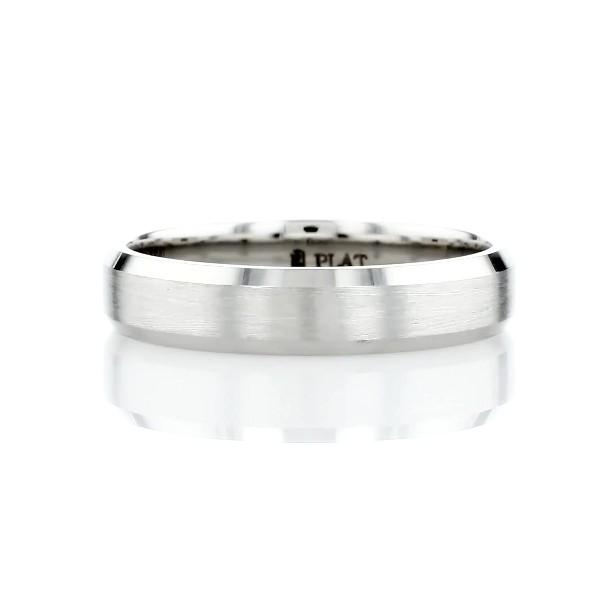 Matte Beveled Edge Wedding Ring in Platinum (4.5mm)
